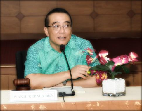 Wakil Kepala BKN Bima Haria Wibisana saat membuka Rakor Kepegawaian BKN, di Aula Kantor Pusat BKN Jakarta, Rabu (11/2/2015).
