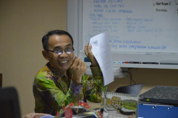 Darmuji menjelaskan bahwa evaluasi target penyerapan dan pencapaian output anggaran dilakukan secara berkala untuk memantau kualitas output penyerapan. (foto: f)