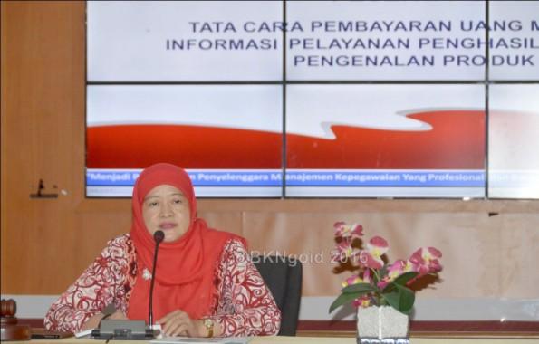 Kepala Biro Keuangan Imas Sukmariah. (foto: mia)