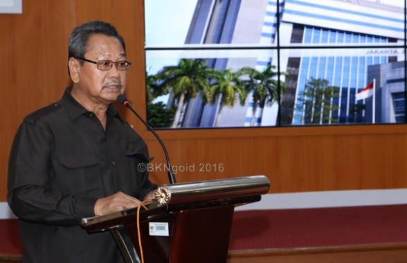 """""""Koperasi harus kaya, kalau tidak ada uang bagaimana bisa melayani anggotanya"""" ungkap Hasanudin BSY. (foto:kis)"""