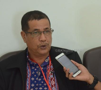 Saleh menyampaikan pegawai yang akan dilantik itu harus memiliki track record yang baik dan tepat, bukan hanya mempunyai kedekatan dengan pimpinan daerah.  (foto: Lugi)